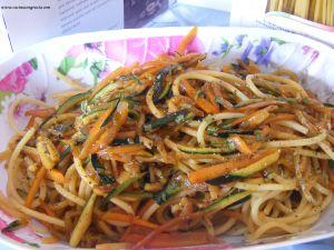 spaghetti di verdure all'orientale