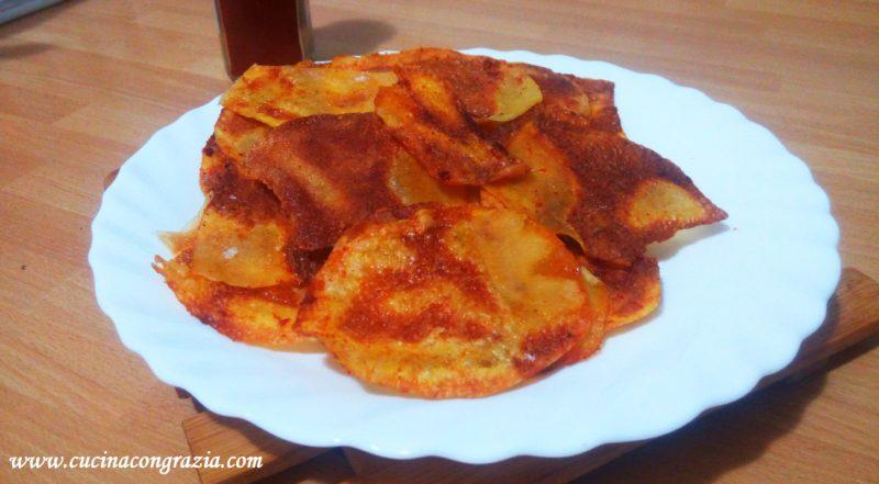 Chips paprika e rosmarino